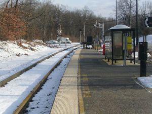 800px-Mount_Olive_station